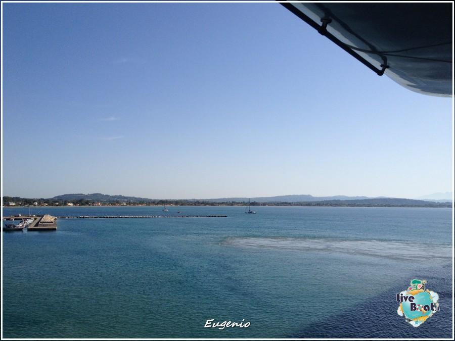 2013/06/11 - Katakolon-tapatalk-costa-fascinosa-katakolon-liveboat-0021-jpg