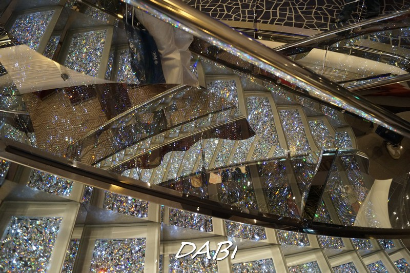 Re: Hall principale MSC Divina-image00227-jpg
