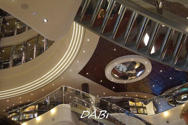 Re: Hall principale MSC Divina-image00243-jpg