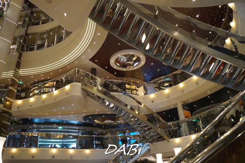 Re: Hall principale MSC Divina-image00244-jpg