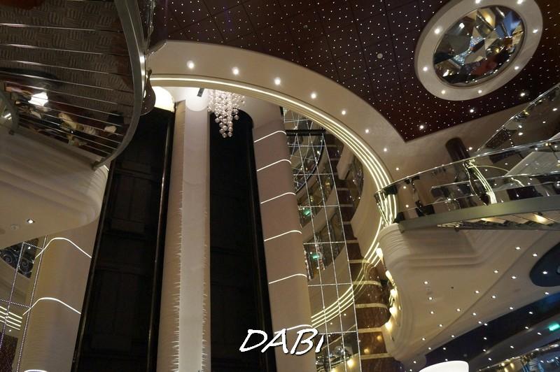 Re: Hall principale MSC Divina-image00646-jpg