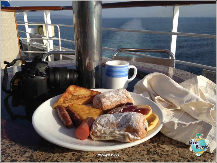 2013/06/12 - Izmir-tapatalk-costa-fascinosa-smirne-liveboat-0001-jpg