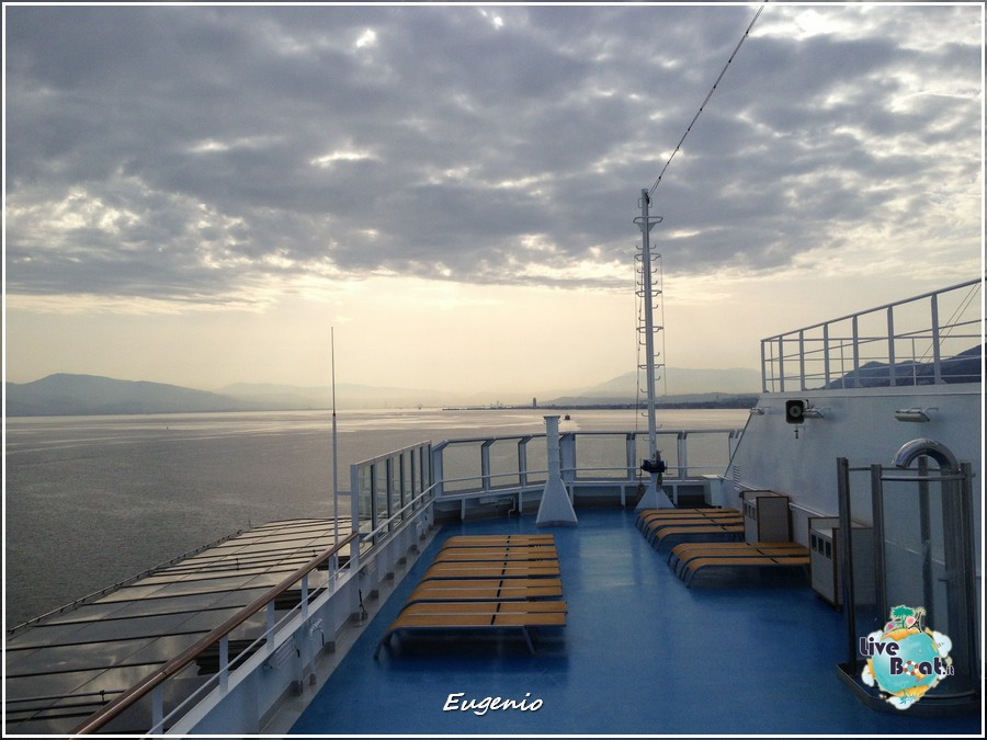 2013/06/12 - Izmir-tapatalk-costa-fascinosa-smirne-liveboat-0002-jpg