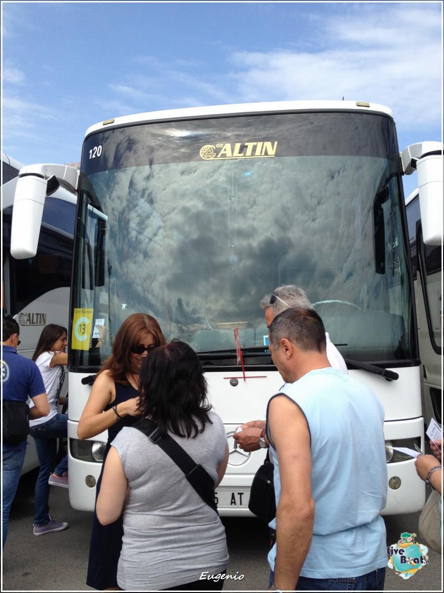 2013/06/12 - Izmir-tapatalk-costa-fascinosa-smirne-liveboat-0003-jpg