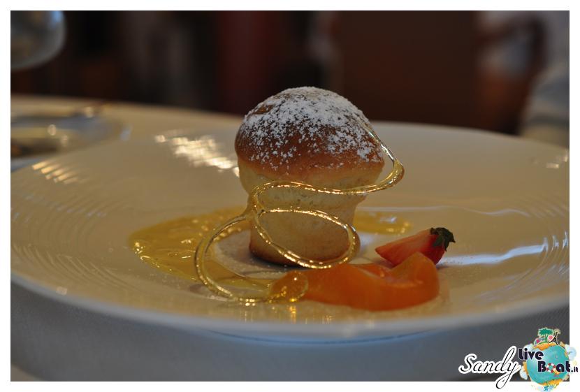 2013/08/26 Visita nave Silver Cloud a Monaco.-silversea_cloud_ristorante_liveboat_crociere011-jpg
