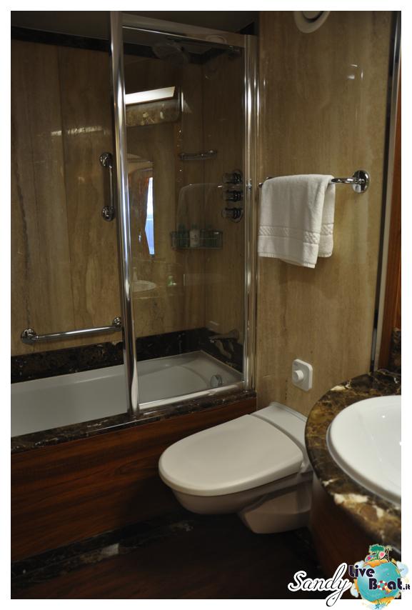 Silver Cloud - Midship Veranda Suite con vasca-silversea_silver_cloud_midship_veranda_suite_liveboat_crociere0001-jpg