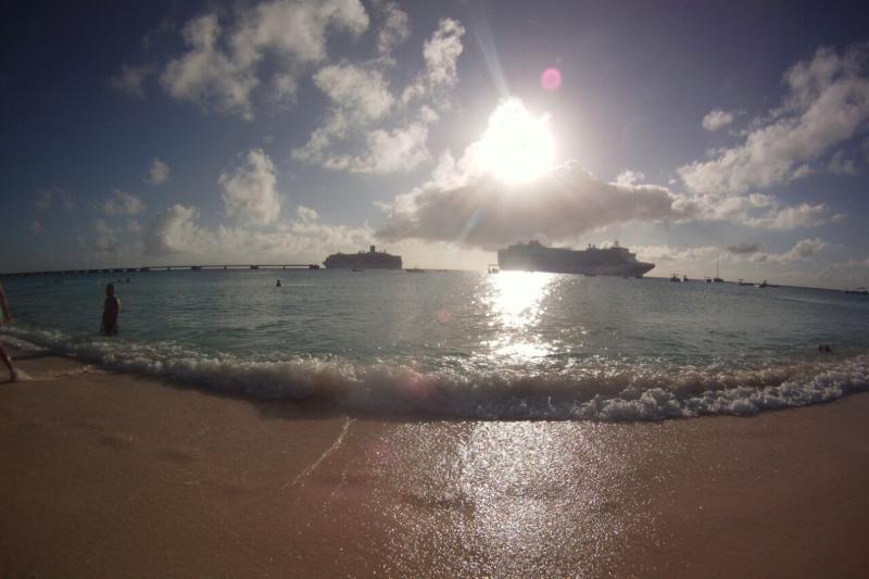 2015/02/22 Costa Luminosa Grand Turks - Turks e Caicos Caraibi-gran-turk-caichos-costa-luminosa-2-jpg