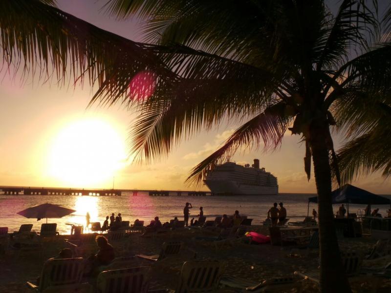 2015/02/22 Costa Luminosa Grand Turks - Turks e Caicos Caraibi-gran-turk-caichos-costa-luminosa-3-jpg