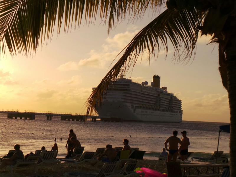 2015/02/22 Costa Luminosa Grand Turks - Turks e Caicos Caraibi-gran-turk-caichos-costa-luminosa-30-jpg