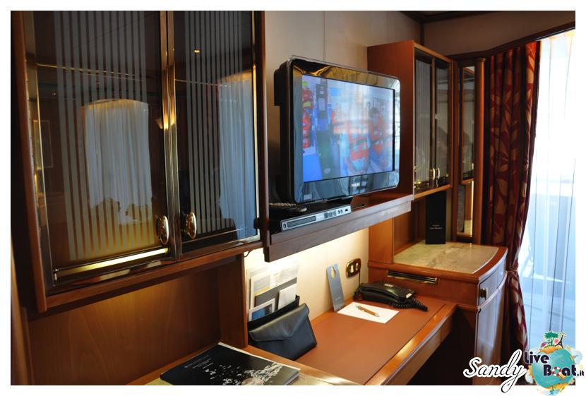 Silver Cloud - Midship Veranda Suite con doccia-silversea_silver_cloud_midship_veranda_suite_liveboat_crociere002-jpg