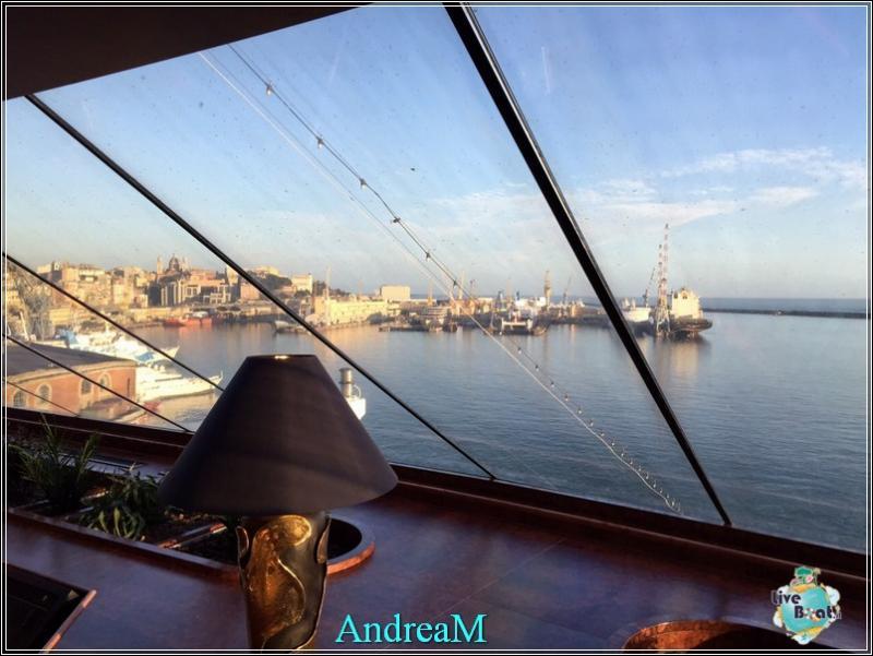 2015/03/03 Genova Imbarco MSC Fantasia-foto-mscfantasia-partenza-direttaliveboat-crociere-4-jpg