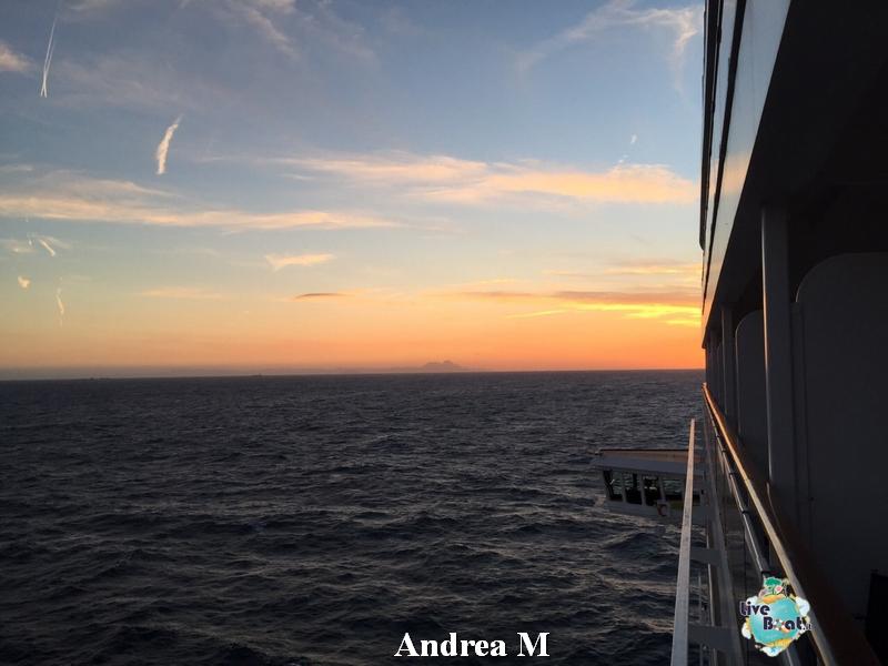 2015/03/05 Navigazione MSC Fantasia-2-foto-msc-fantasia-isole-sole-navigazione-diretta-liveboat-crociere-jpg