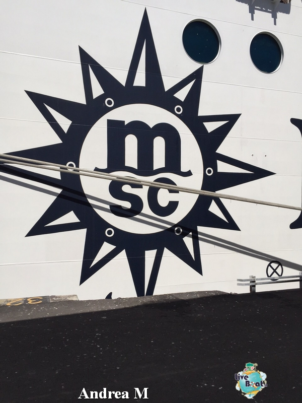 2015/03/09 Funchal MSC Fantasia-22-foto-msc-fantasia-isole-sole-funchal-diretta-liveboat-crociere-jpg
