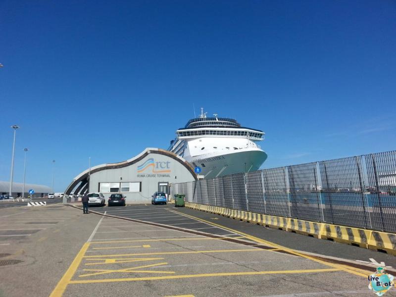 2 aprile 2015 - visita Costa Atlantica a Civitavecchia-3foto-costa-atlantica-giro-mondo-cinesi-jpg