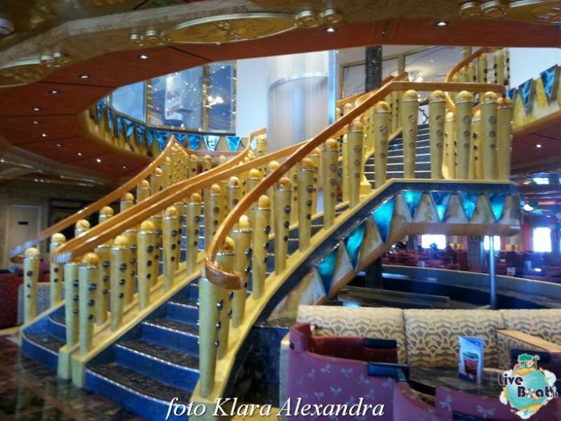 2 aprile 2015 - visita Costa Atlantica a Civitavecchia-55foto-costa-atlantica-giro-mondo-cinesi-jpg