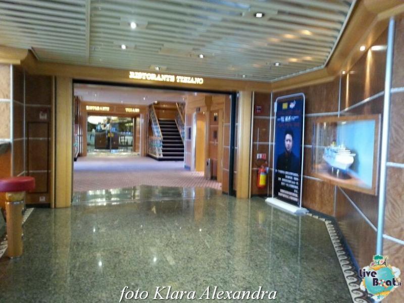 2 aprile 2015 - visita Costa Atlantica a Civitavecchia-97foto-costa-atlantica-giro-mondo-cinesi-jpg