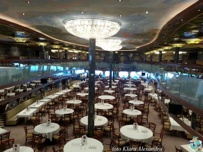 2 aprile 2015 - visita Costa Atlantica a Civitavecchia-110foto-costa-atlantica-giro-mondo-cinesi-jpg