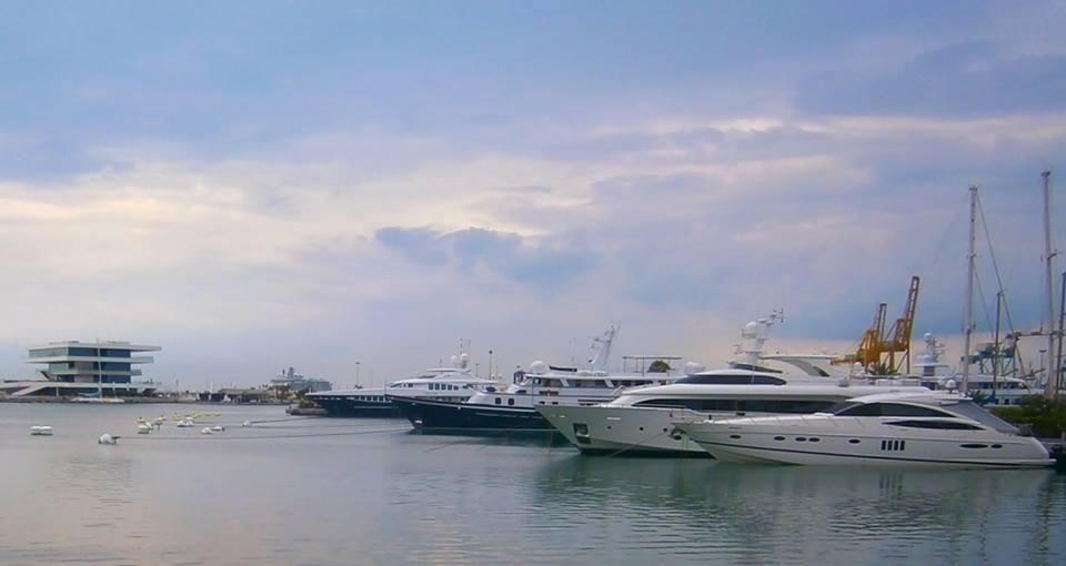 Cosa visitare a Valencia -Spagna--independence-of-the-seas-molo-valencia-1-jpg
