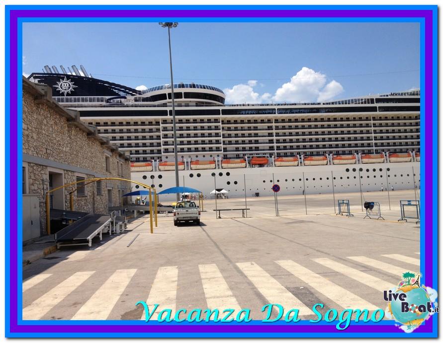 08/07/2013 MSC Fantasia-Viaggio ad Atlantide-msc-fantasia-atene-2-jpg