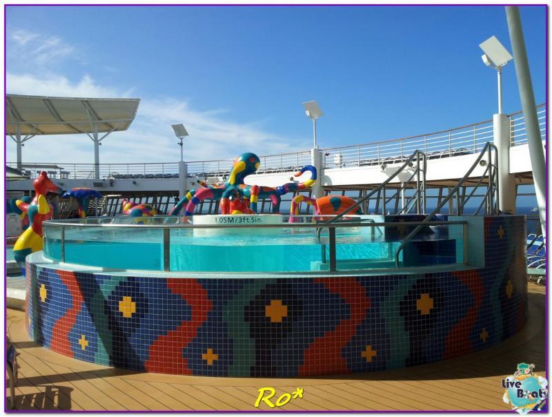 2015/05/21 Allure of the seas sbarco a Civitavecchia-42foto-allure-ots-rccl-barcellona-forum-crociere-liveboat-jpg
