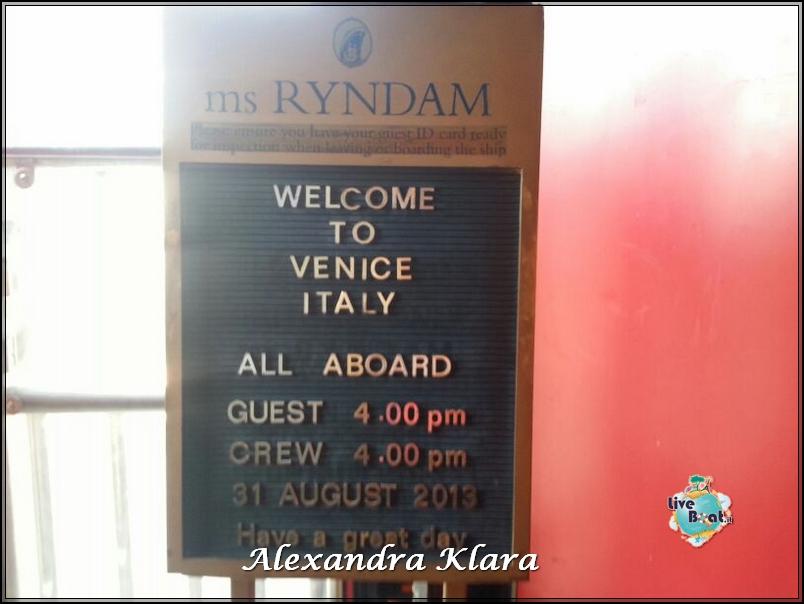 2013/08/31 Partenza da Venezia Ryndam-18foto-naveryndamhollandamerica-liveboatcrociere-jpg