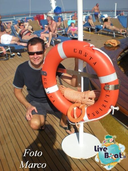 """Le foto col salvagente """" le nostre ciambelle """"-1foto-liveboat-ciambelle-jpg"""