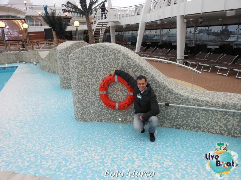 """Le foto col salvagente """" le nostre ciambelle """"-16foto-liveboat-ciambelle-jpg"""
