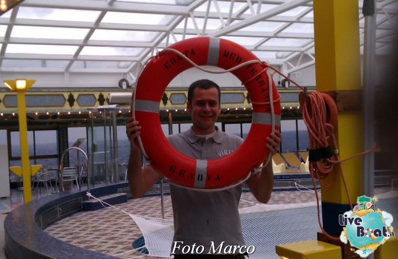 """Le foto col salvagente """" le nostre ciambelle """"-23foto-liveboat-ciambelle-jpg"""