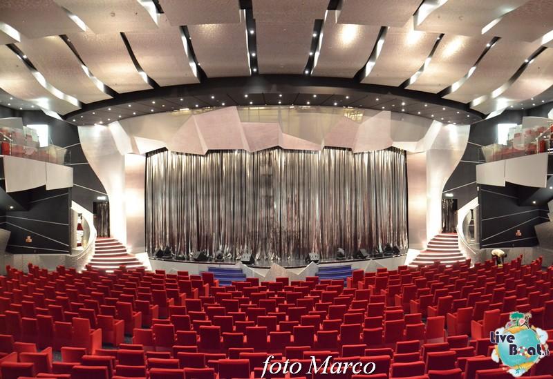 "Re: Teatro ""Pantheon"" - MSC Divina-1foto-msc_divina-liveboat-yacht_club-jpg"
