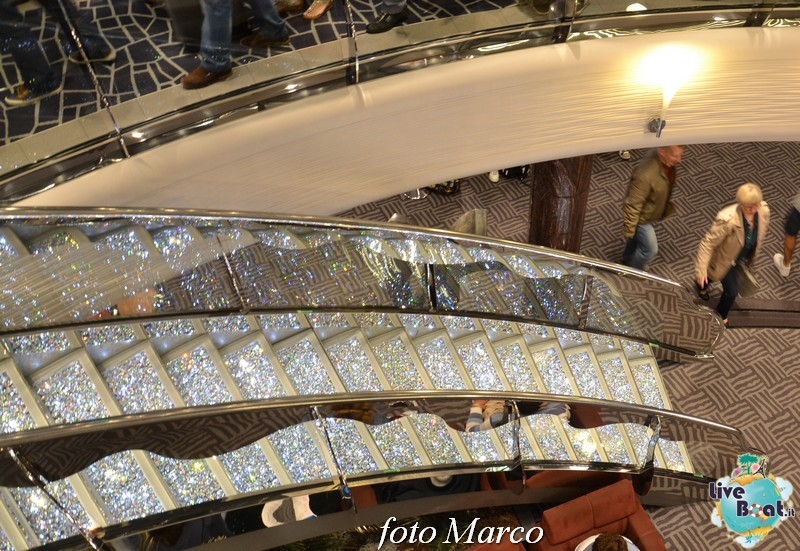 Re: Hall principale MSC Divina-20foto-msc_divina-liveboat-yacht_club-jpg