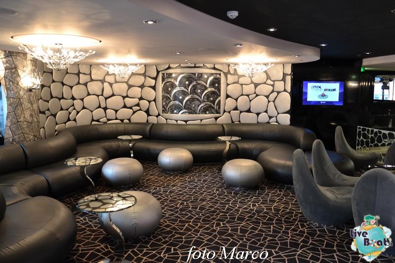 Re: Black and White Lounge MSC Divina-25foto-msc_divina-liveboat-yacht_club-jpg