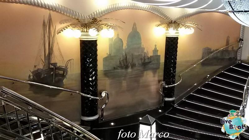 -31foto-msc_divina-liveboat-yacht_club-jpg