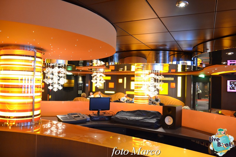 Re: Golden Jazz Bar MSC Divina-40foto-msc_divina-liveboat-yacht_club-jpg