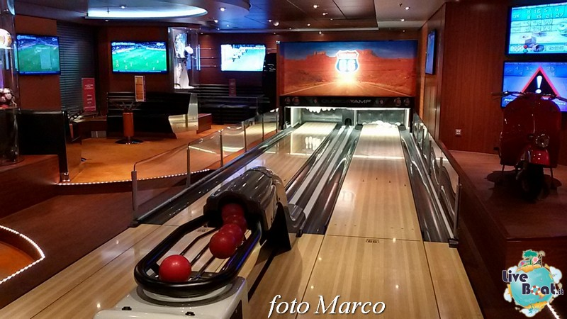 Sports Bar Bowling MSC Divina-58foto-msc_divina-liveboat-yacht_club-jpg