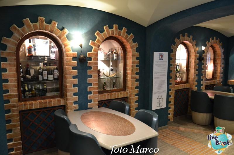 Re: Cantina di Bacco MSC Divina-70foto-msc_divina-liveboat-yacht_club-jpg