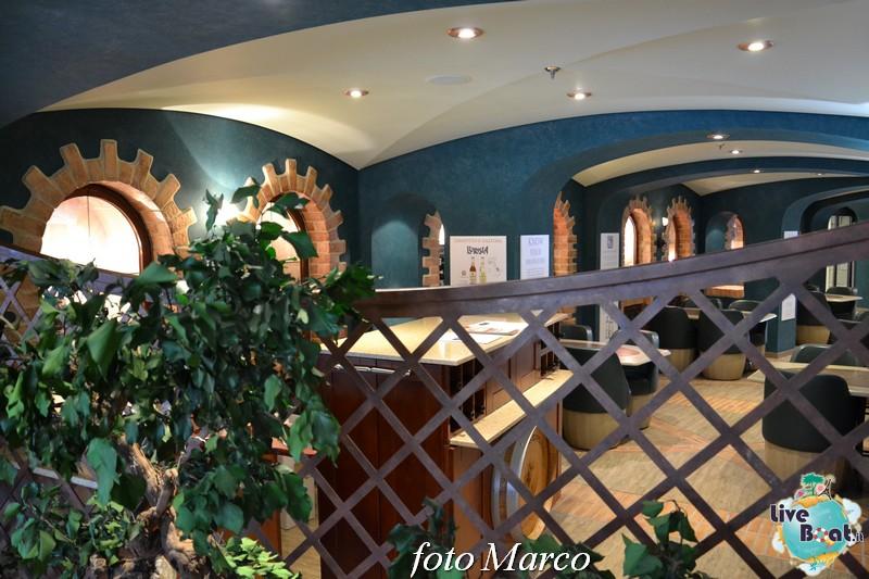 Re: Cantina di Bacco MSC Divina-72foto-msc_divina-liveboat-yacht_club-jpg