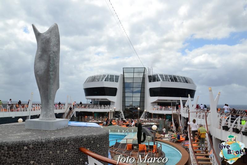 """Re: """"Aqua park"""" - la piscina centrale di MSC Divina-121foto-msc_divina-liveboat-yacht_club-jpg"""