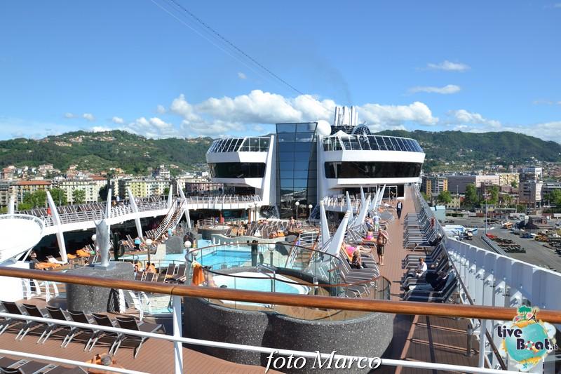 """Re: """"Aqua park"""" - la piscina centrale di MSC Divina-122foto-msc_divina-liveboat-yacht_club-jpg"""