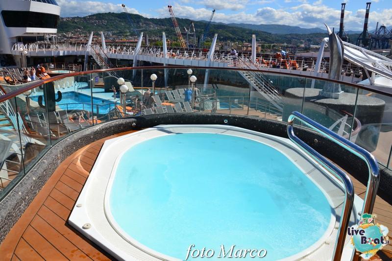 """Re: """"Aqua park"""" - la piscina centrale di MSC Divina-127foto-msc_divina-liveboat-yacht_club-jpg"""