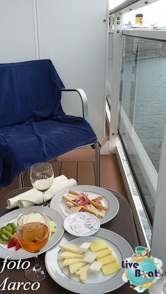 -224foto-msc_divina-liveboat-yacht_club-jpg