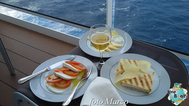 -225foto-msc_divina-liveboat-yacht_club-jpg