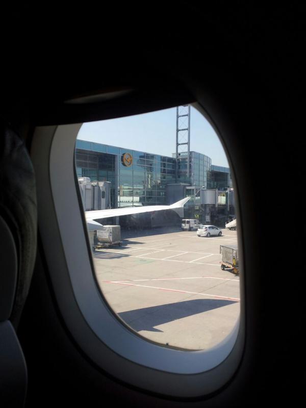 2015/06/07 - MSC Splendida - Amburgo (partenza)-uploadfromtaptalk1433671179220-jpg