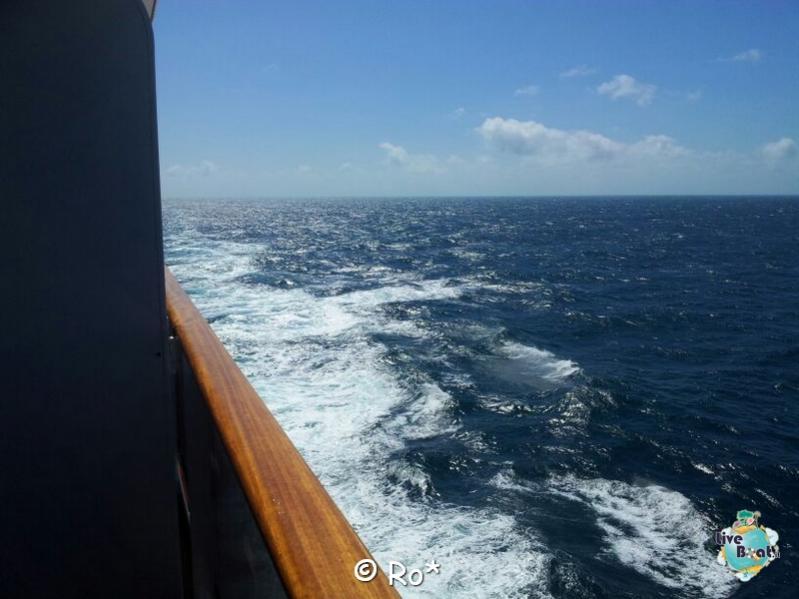 2015/06/08 - MSC Splendida - Navigazione-liveboat-130-msc-splendida-crociera-fiordi-navigazione-svalbard-jpg