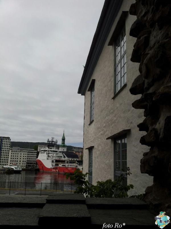 2015/06/09 - MSC Splendida - Bergen-29foto-msc_splendida-liveboat-jpg