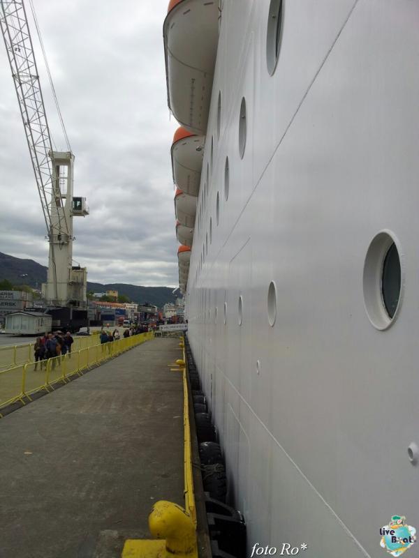 2015/06/09 - MSC Splendida - Bergen-79foto-msc_splendida-liveboat-jpg