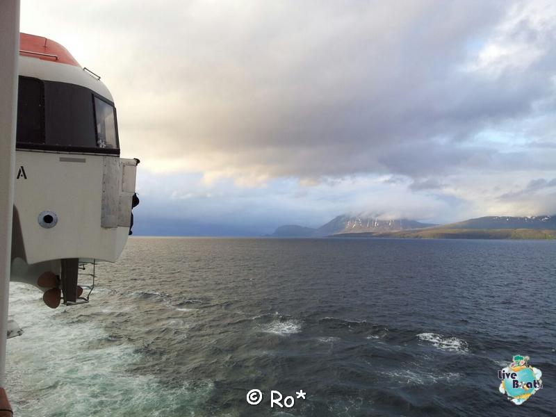 2015/06/11 - MSC Splendida -Tromso-liveboat-262-msc-splendida-crociera-fiordi-navigazione-svalbard-jpg