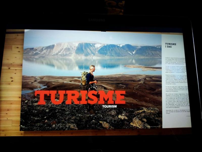 2015/06/13 - MSC Splendida - Longyearbyen-img-20150613-wa0075-jpg