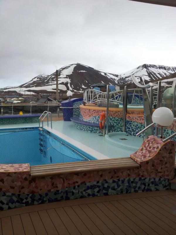 2015/06/13 - MSC Splendida - Longyearbyen-imageuploadedbytapatalk1434223180-371453-jpg