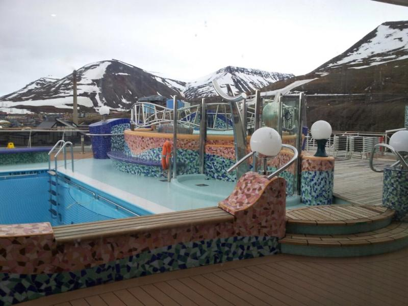 2015/06/13 - MSC Splendida - Longyearbyen-imageuploadedbytapatalk1434223220-324157-jpg