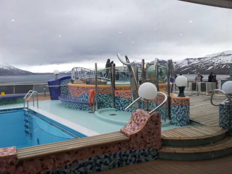 2015/06/13 - MSC Splendida - Longyearbyen-imageuploadedbytapatalk1434228223-306766-jpg